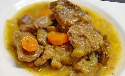 Грибы в сметанном соусе с куриным филе