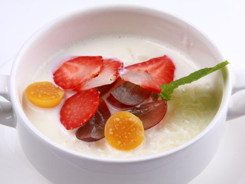 Рисовый суп с клубникой